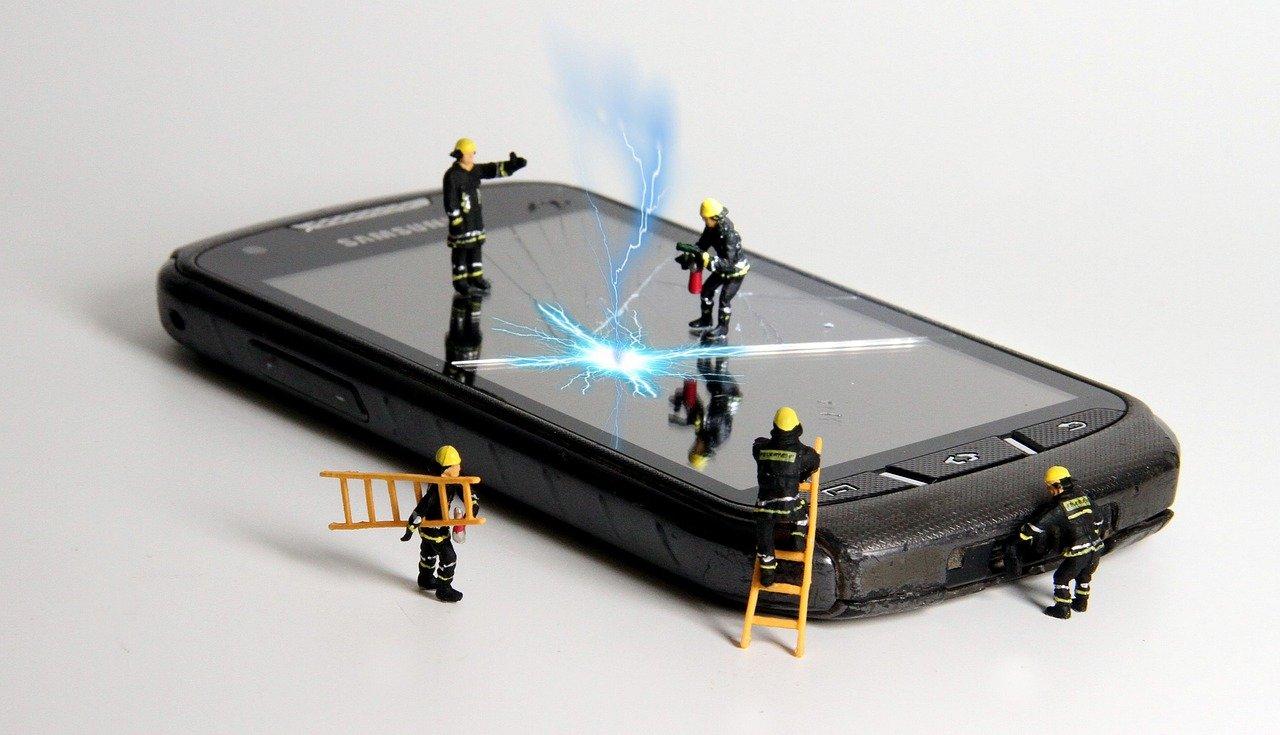 5 съвета за избор на сервиз за поправка на телефон